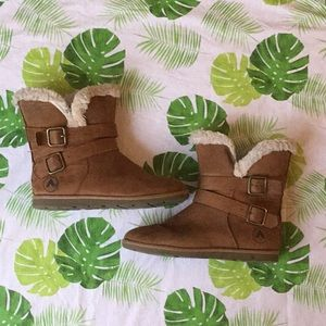 Girls Brown And Fluffy Winter Boots